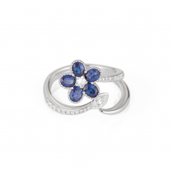 18k Gold Flower Sapphire and Diamond Ring
