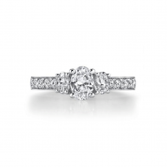 18k White Gold Three Stone Oval Diamond Engagement Ring